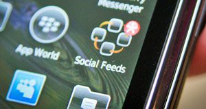 how to get noticed in social networking